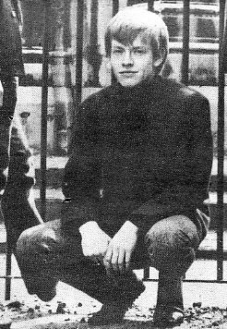 "Brian Jones signed a tour contract with Albert Bonici at the Park Café, Elgin, Scotland when they were part of Bonici's ""pop package"" in Aberdeen"
