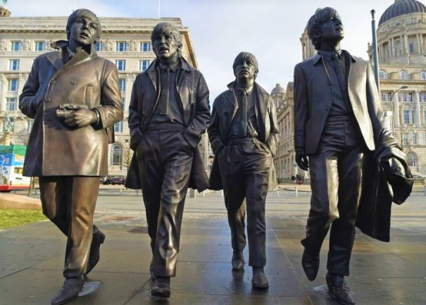 beatles statue (2)